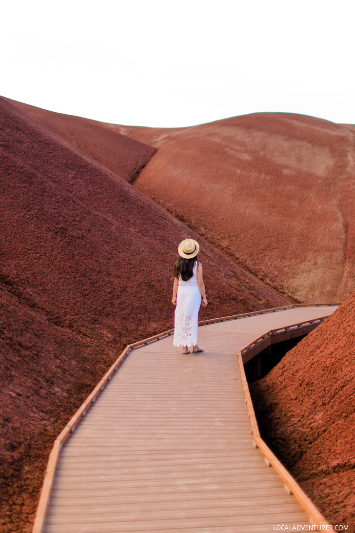 The Ultimate Guide to the Painted Hills - One of the 7 Wonders of Oregon // localadventurer.com