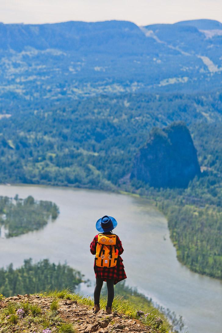 Munra Point Hike, Columbia River Gorge, Oregon + // localadventurer.com