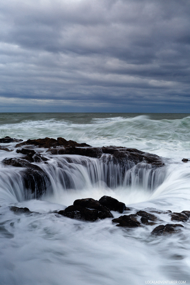 Everything You Need to Know About Thor's Well Oregon // localadventurer.com