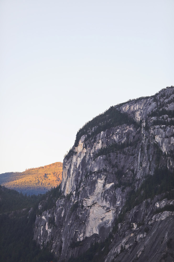 Stawamus Chief, Squamish BC, Canada - Sunset at the Spits // localadventurer.com