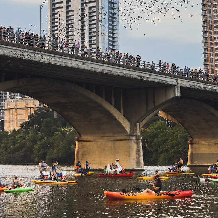 Lady Bird Lake + 101 Things to Do in Austin TX // localadventurer.com