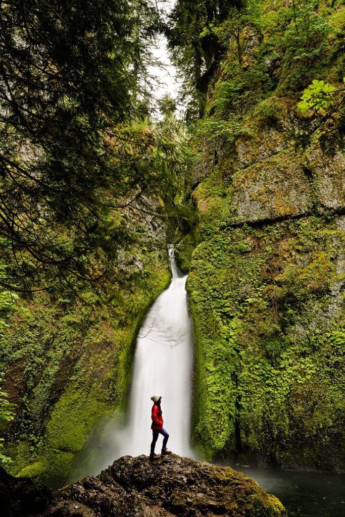 Wahclella Falls, Columbia River Gorge, Oregon Waterfalls // localadventurer.com