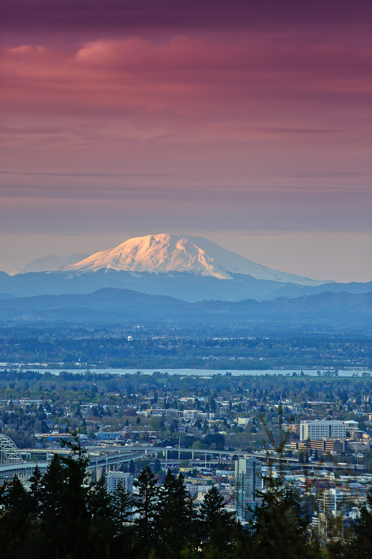 Council Crest Park + 13 Amazing Cityscapes and Views of Portland Oregon // localadventurer.com