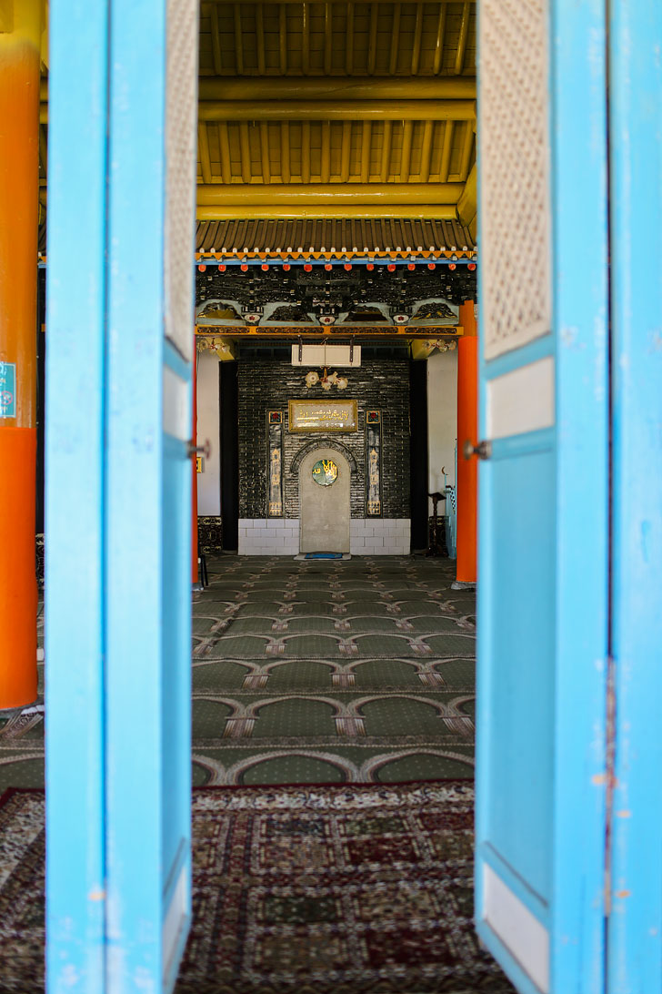 The Dungan Mosque in Karakol has unique Chinese architecture + 21 Unique Things to Do in Karakol Kyrgyzstan // localadventurer.com