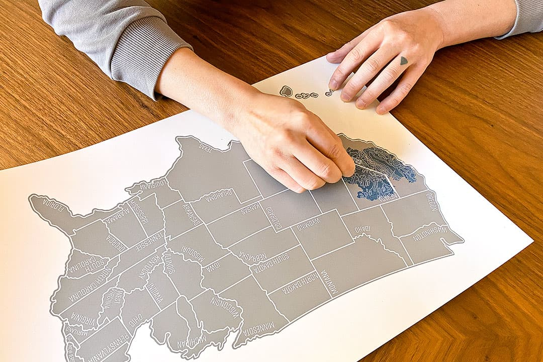 Scratch Off US Map + 25 Best Gifts for Adventurers