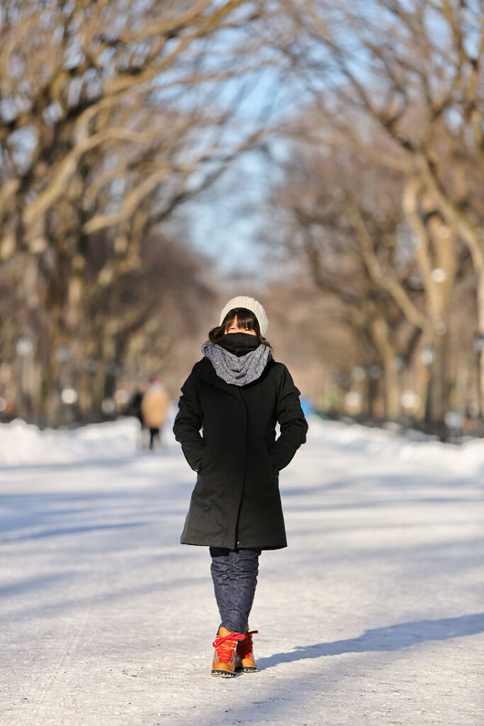 What to wear in New York in January and February + Best outerwear New York City (leggings with fleece lining, north face, faux fur) / localadventurer.com