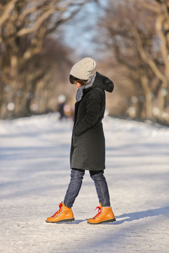 What to Wear in NYC in Winter + What Shoes to Wear in New York Winter / Favorite Pair of Travel Boots / localadventurer.com