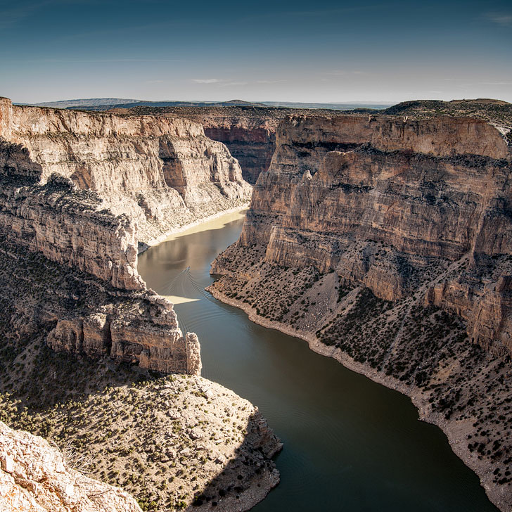 Bighorn Canyon National Recreation Area + 101 Epic Things to Do in Montana for Anyone Who Loves Adventure // Local Adventurer #montana #montanamoment #outdoors