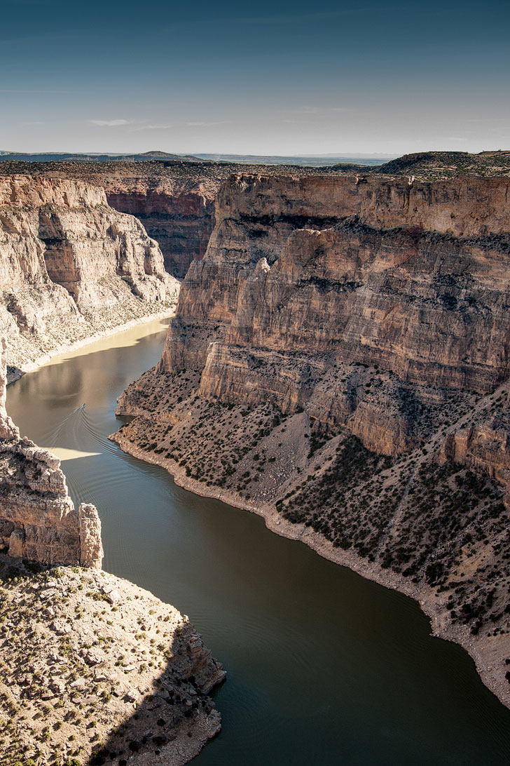 Bighorn Canyon National Recreation Area + 101 Epic Things to Do in Montana for Anyone Who Loves Adventure // Local Adventurer #montana #montanamoment #nationalparks