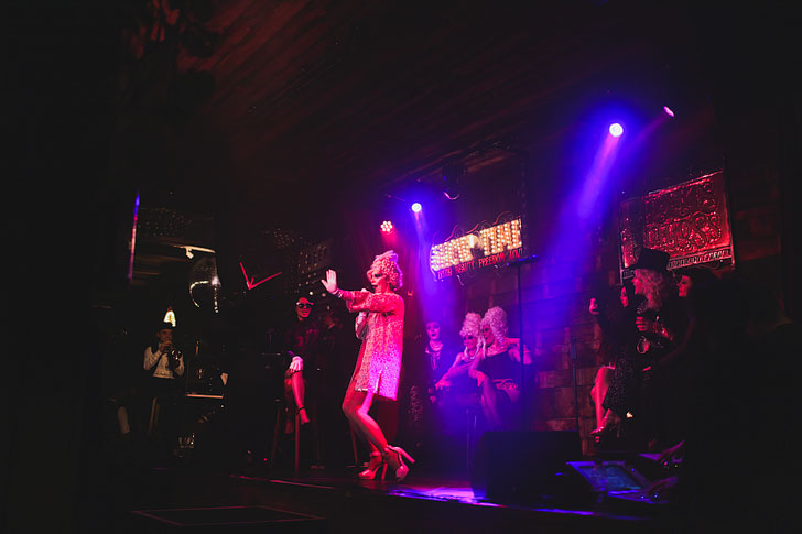 Albert Schloss Cabaret + 15 Amazing Things to See in Manchester England // Local Adventurer #england #manchester #uk