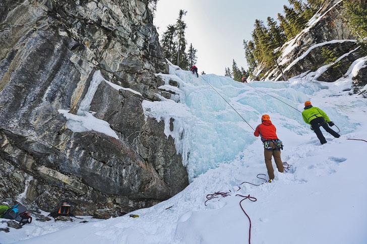 Ice Climbing in Jasper National Park Alberta Canada // Local Adventurer #alberta #jasper