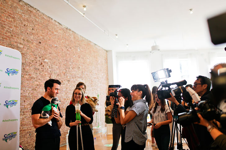 Kevin Jonas Event NYC // Local Adventurer #swiffer #shedhappens