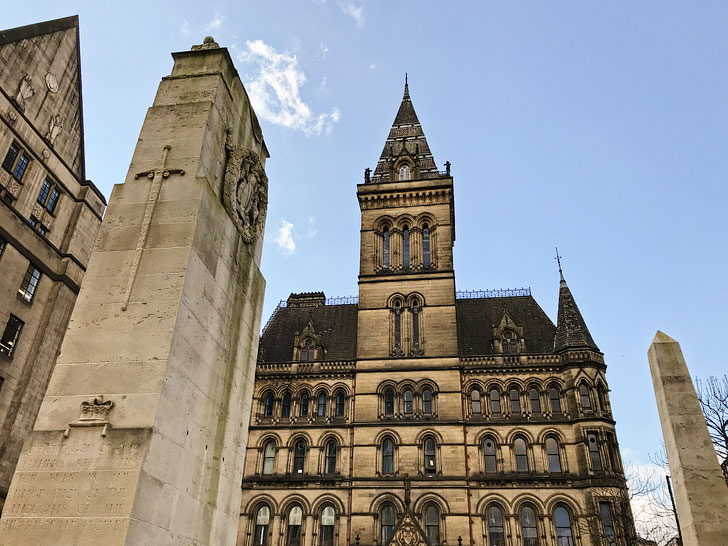Manchester Town Hall has beautiful architecture and is worth a visit + Planning a trip to Manchester soon? We've come up with 15 Incredible Ideas to Add to Your Manchester England Travel Bucket Lists. Read this to see the best things to do in Manchester for the weekend // Local Adventurer #manchester #unitedkingdom #europe