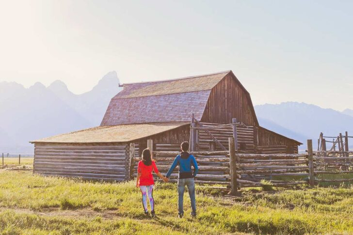 Your Ultimate Guide to Grand Teton National Park Wyoming   Are you visiting Grand Teton? Click this article to see a list of the 11 Best Things to Do in Grand Teton National Park. There is amazing photography spots, camping, scenic drives, and we include a Grand Teton National Park Hiking bucket list // Local Adventurer #grandteton #wyoming #nationalpark