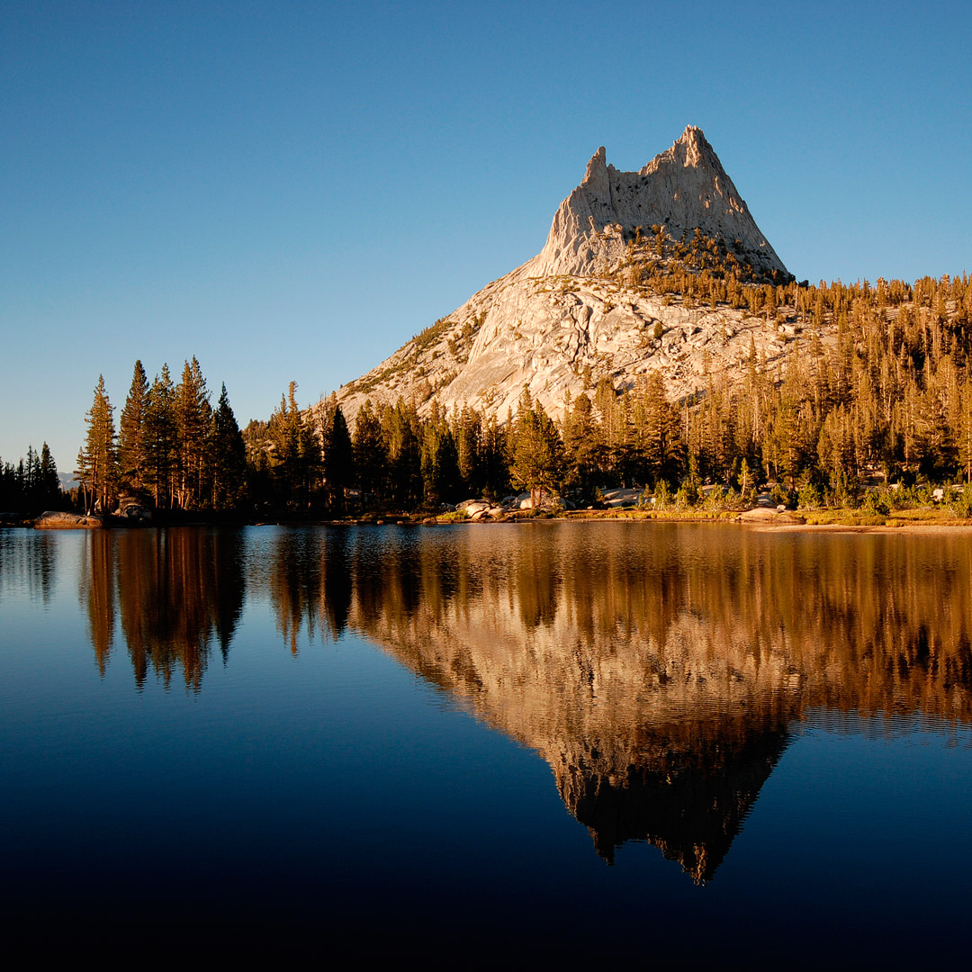 Cathedral Lakes Hike + Traveling to Yosemite National Park? Take a look at these 11 best hikes in Yosemite National Park. These Yosemite hiking trails are also some of the best hiking trails in California and the US that you'll want to add to your hiking bucket lists. They take you to some of the most beautiful places and best views in Yosemite. (photo: Cody Badger) // Local Adventurer #localadventurer #yosemite #california #nationalpark #visitcalifornia #visitca #findyourpark