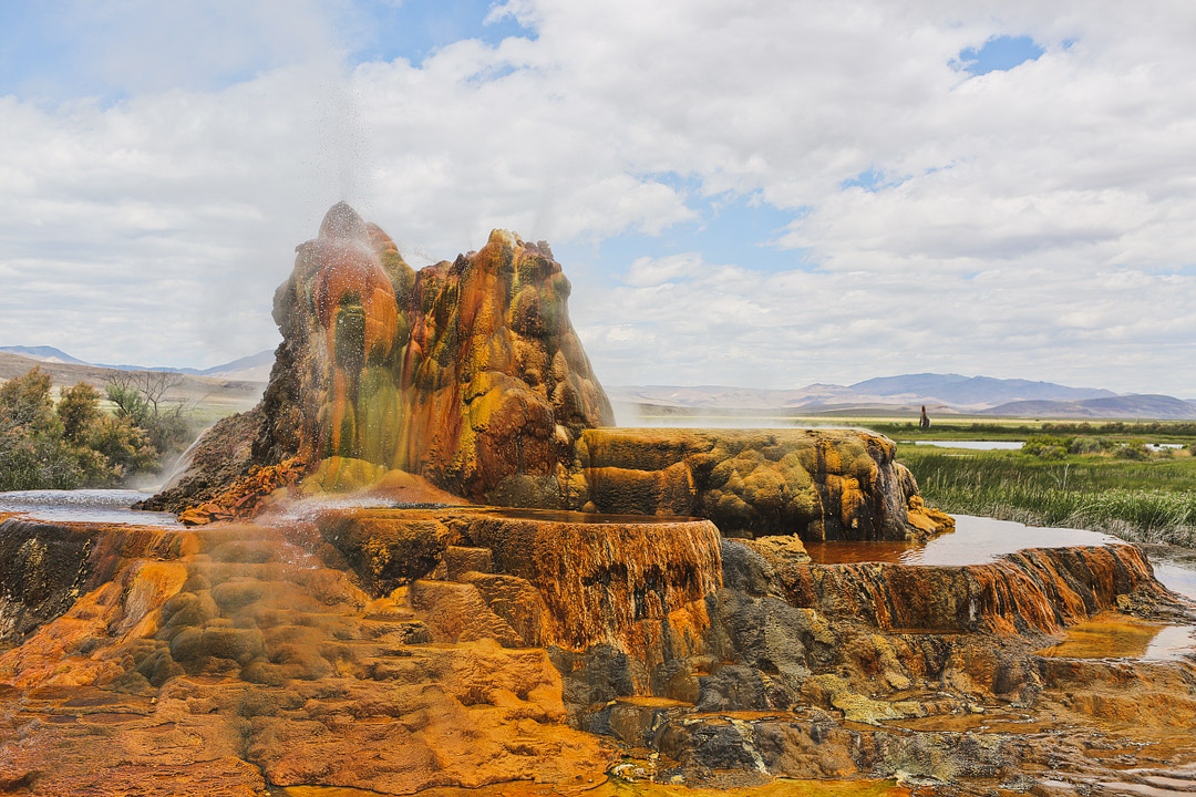Fly Geyser Nevada Tour – What You Need to Know Before You Go