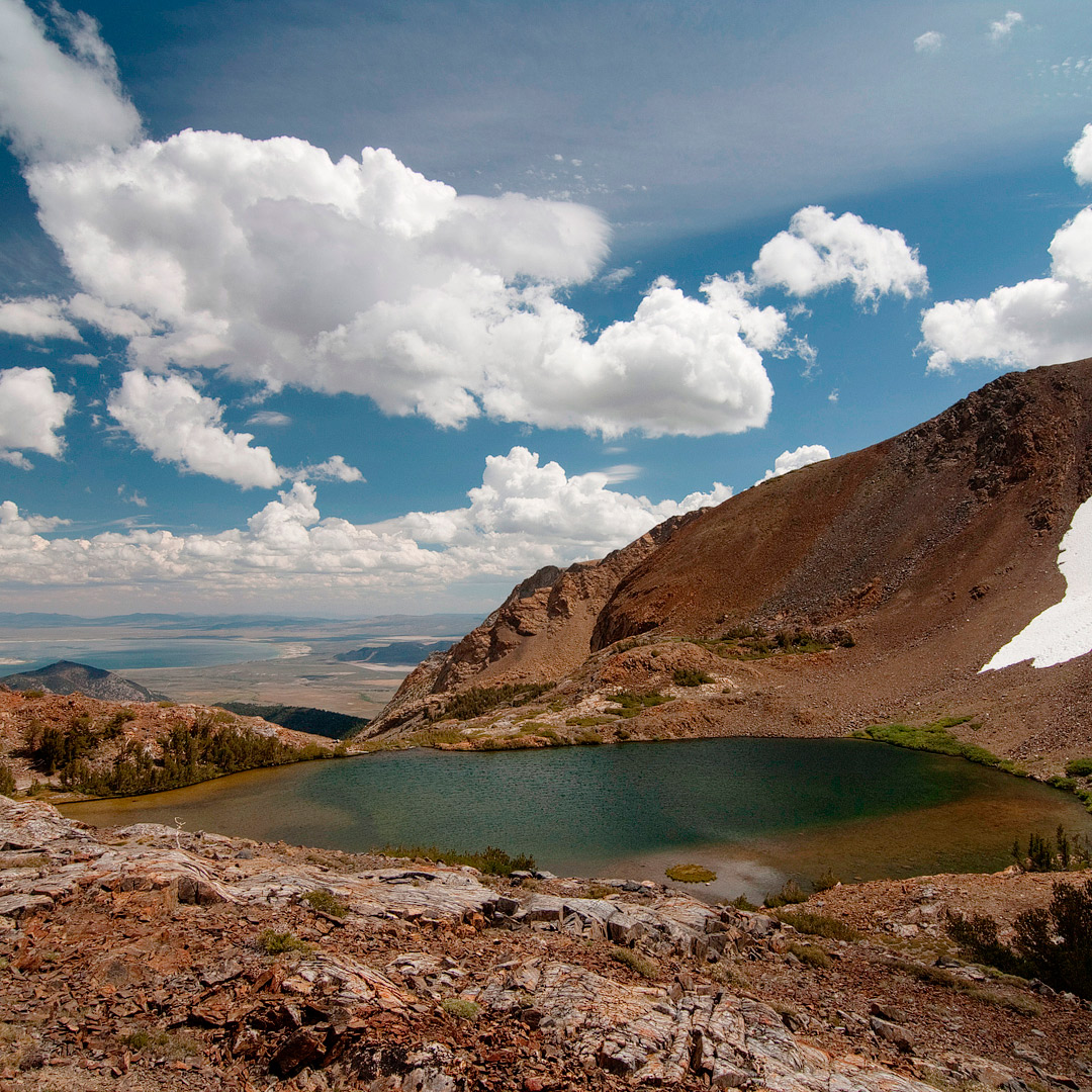 Mono Pass Hike + Visiting Yosemite National Park? Save this pin and check out these 11 best hikes in Yosemite National Park. These Yosemite hiking trails are also some of the best hiking trails in California and the US that you'll want to add to your hiking bucket lists. They take you to some of the most beautiful places and best views in Yosemite. They include North Dome, Cathedral Lakes, Half Dome, and more. Best Trails Yosemite - National Park Yosemite (photo: Jim Banh) // Local Adventurer #localadventurer #yosemite #california #nationalpark #visitcalifornia #visitca #findyourpark