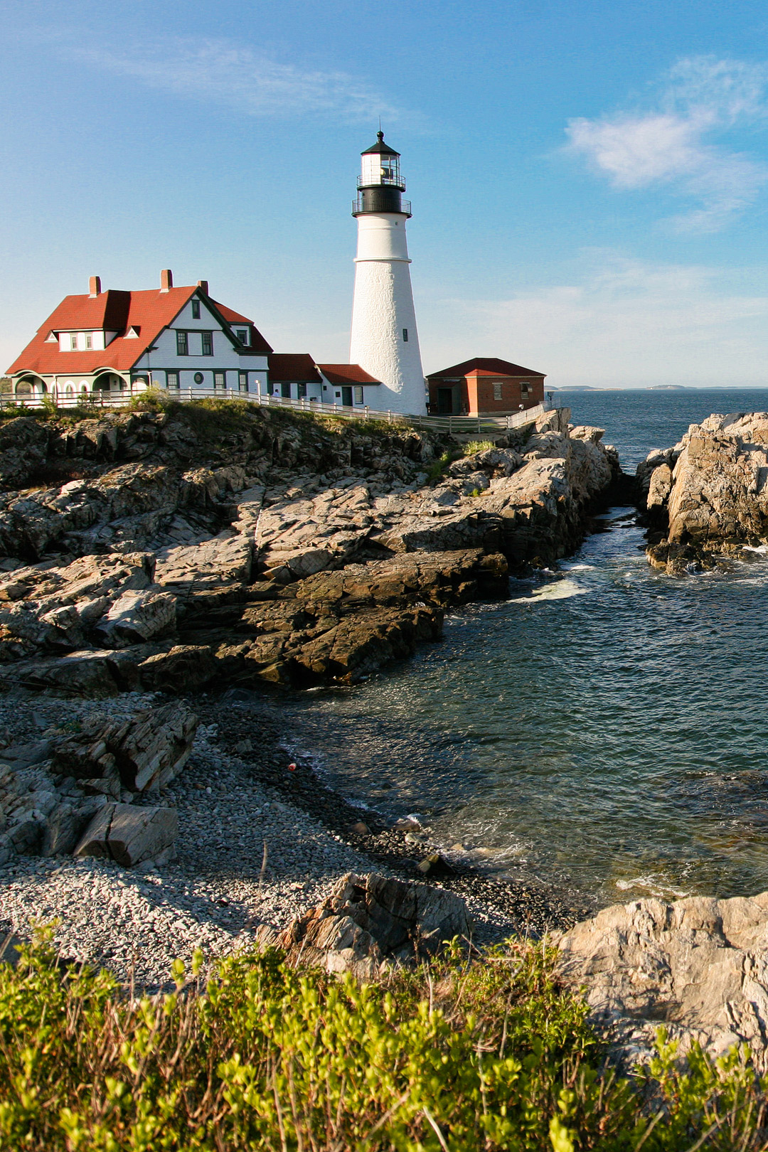 Portland Head Lighthouse, Portland Maine // Local Adventurer #portlandme #maine #mainething #portlandmaine #usa #visittheusa #lighthouse