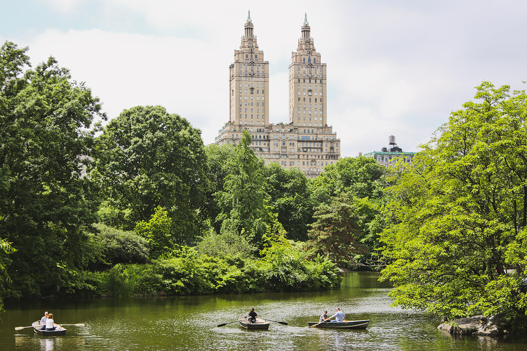 Best Things to Do in Central Park NYC – Famous Attractions + Central Park Secrets