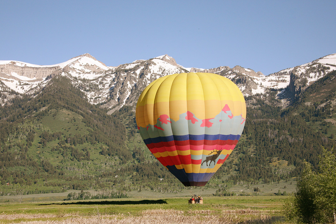 Hot Air Balloon Jackson Hole + 11 Fun Things to Do in Jackson Wyoming // Local Adventurer