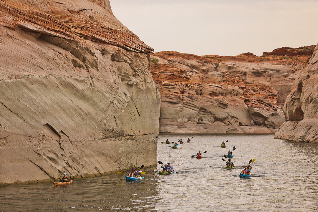 Kayak Lake Powell + Top 11 Lake Powell Activities // Local Adventurer #usa #travel #arizona #utah #az #boating #outdoors #traveltips #lakelife #lakepowell