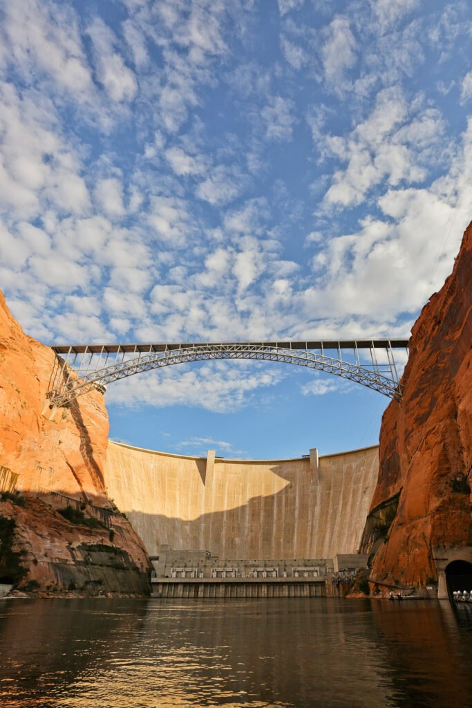 Glen Canyon Lake Powell Dam Tour + Your Essential Guide to Glen Canyon NRA Arizona and Utah // Local Adventurer #usa #travel #arizona #utah #az #dam #traveltips #lakelife #lakes #glencanyon