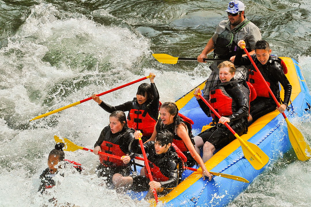 Snake River White Water Rafting + 11 Epic Things to Do in Jackson Hole Wyoming // Local Adventurer