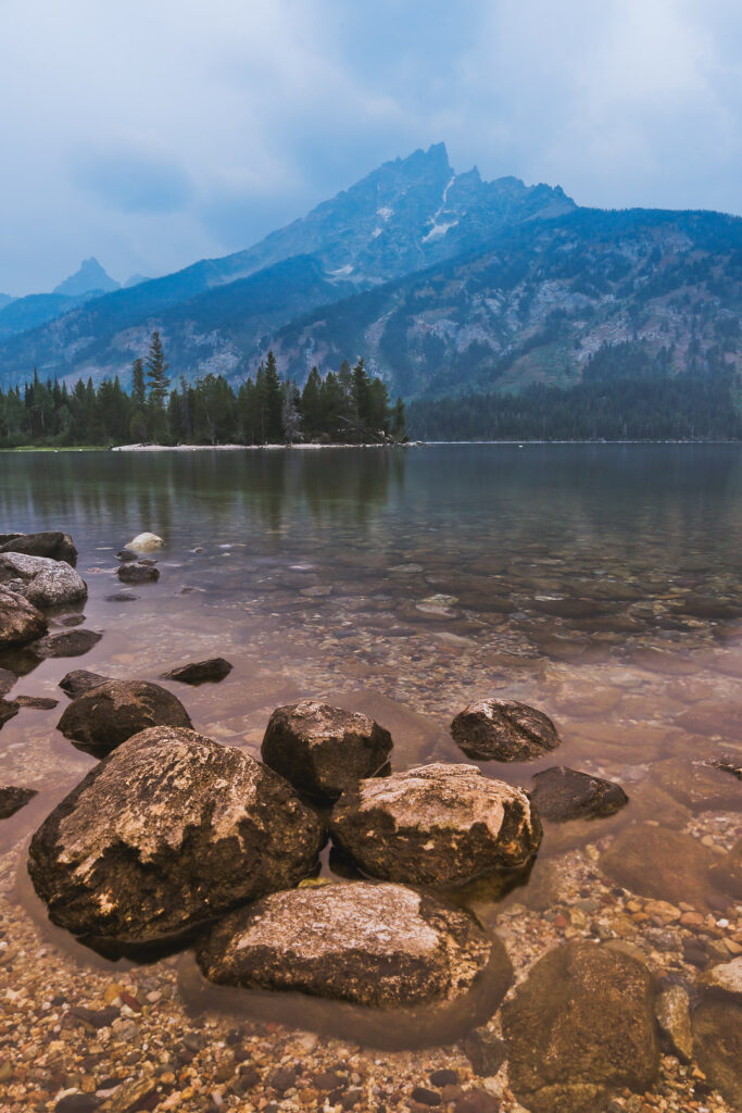 Jenny Lake + Things to Do in Grand Teton + 11 Incredible Things to Do in Jackson Hole // Local Adventurer #thatswy #wyoming #wy #usa #travel #outdoors #hiking #adventure #grandteton #jennylake