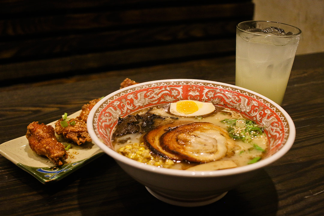 Tonton Ramen + Your Essential Guide to the Best Ponce City Market Food, Bars, and Shopping // Local Adventurer #ramen #pcm #ponce #poncecitymarket #food #foodie #travel #atlanta #atl #georgia