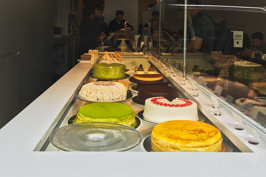 Lady M New York + 17 Famous Dessert Places in NYC // Local Adventurer #cake #nyc #newyork #newyorkcity #usa #food #foodie #travel #ladym #desserts