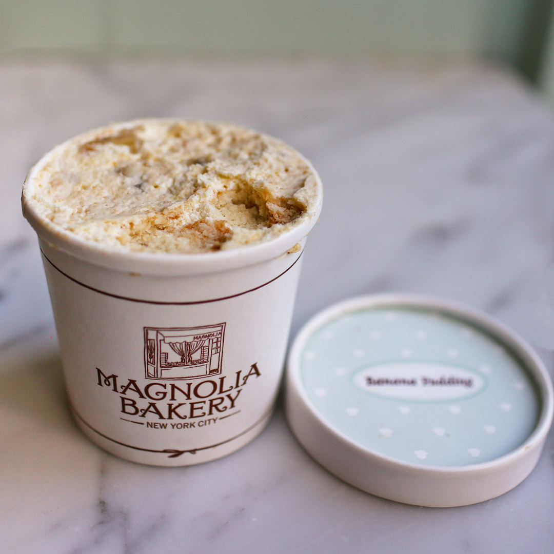 Magnolia Bakery Banana Pudding + 17 Best Dessert Places in NYC // Local Adventurer #bakery #nyc #newyork #newyorkcity #usa #food #foodie #travel #magnoliabakery #desserts