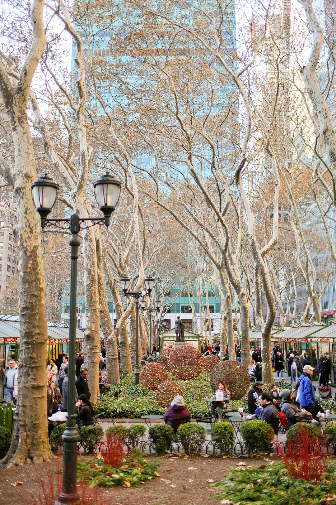 Bryant Park America Winter Village / Bryant Park Christmas Market + 4 Main NYC Christmas Markets to Visit This Winter // Local Adventurer #nyc #christmas #holidays