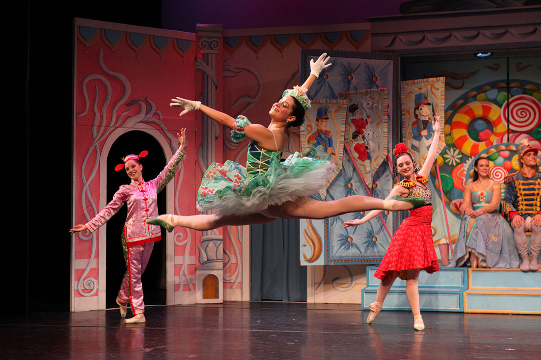 New York Theatre Ballet: Keith Michael's The Nutcracker NYC // Local Adventurer