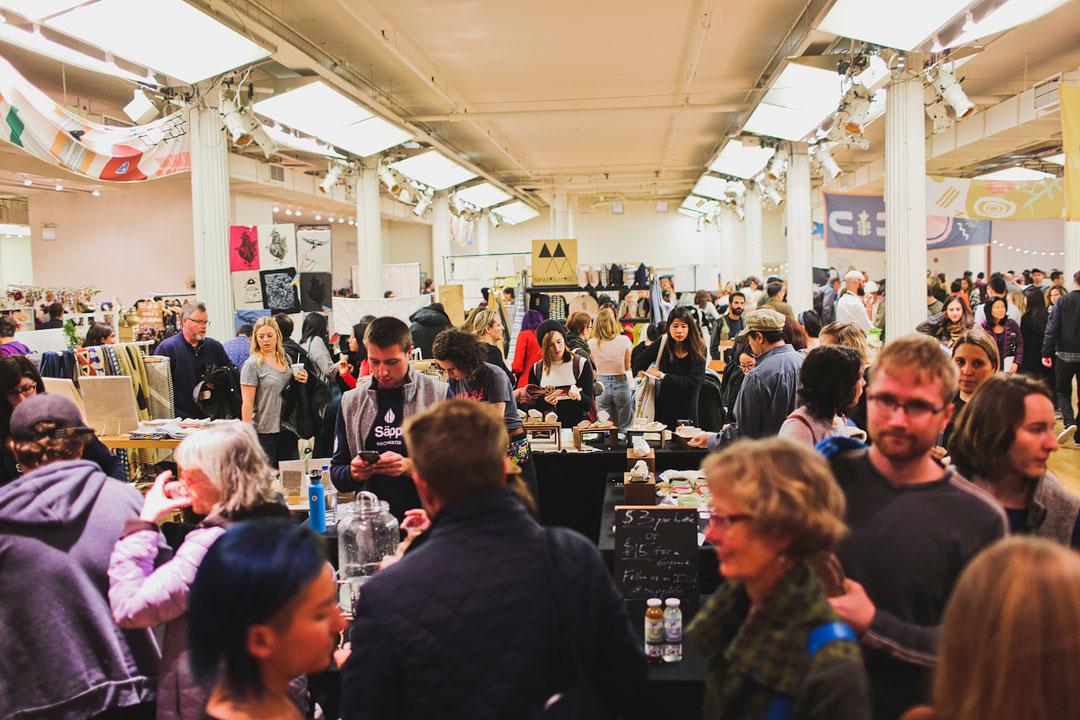 Renegade Craft Fair NYC + Christmas Markets in New York City / Market Christmas | LocalAdventurer.com