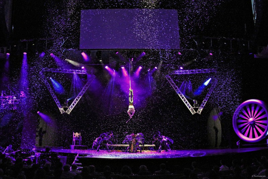 The Illusionists Magic of the Holidays + 19 Christmas Shows in NYC You Shouldn't Miss This Holiday Season // Local Adventurer