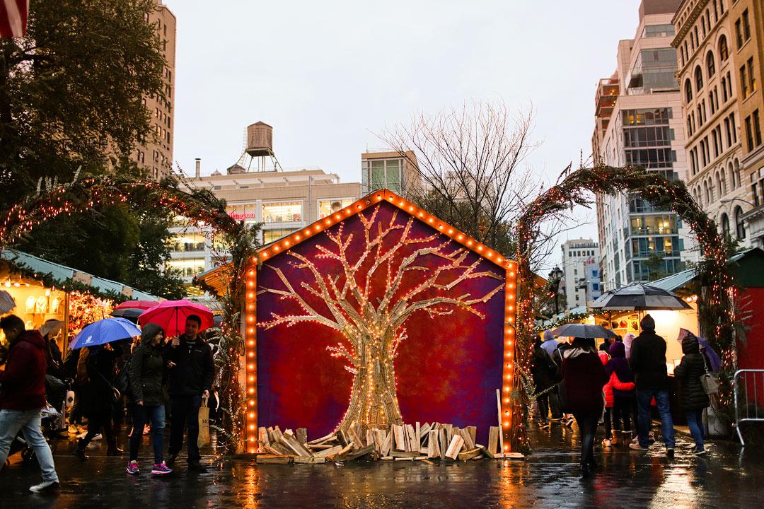 Union Square Christmas Market NYC + New York City Holiday Markets | LocalAdventurer.com