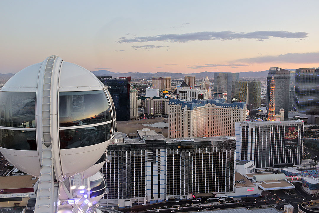 High Roller Vegas + 15 Romantic Thing to Do in Las Vegas for Couples