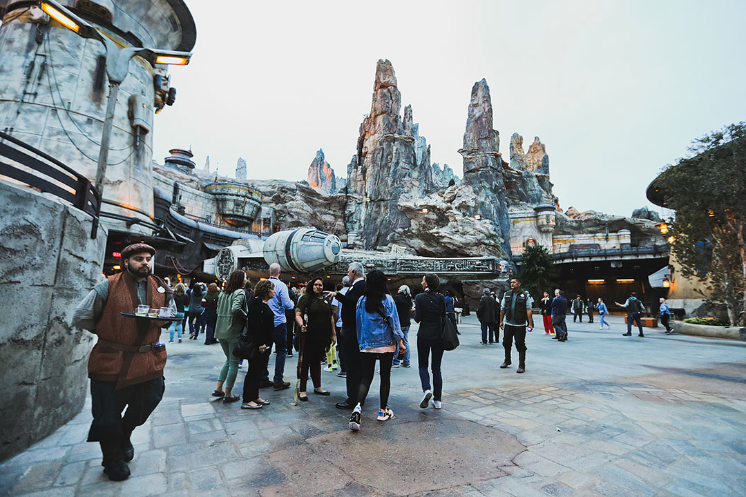 Star Wars Land Disney World and Disneyland