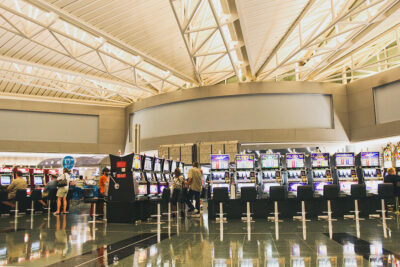 Las Vegas Airport is Great + Pros and Cons of Living in Las Vegas
