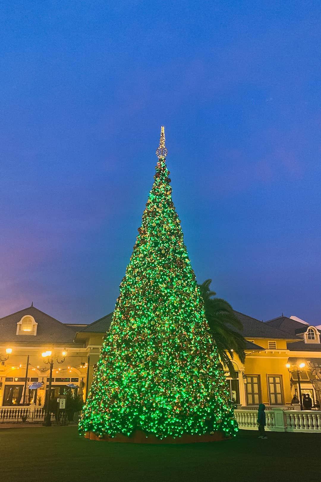 Town Square Las Vegas Christmas Trees
