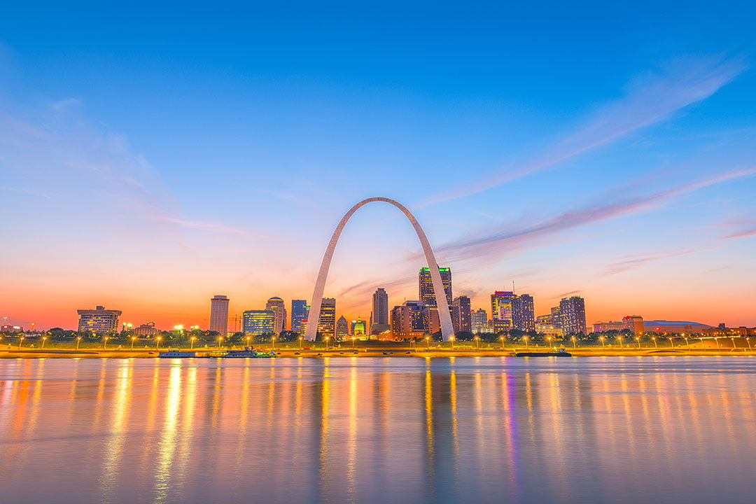 Gateway Arch National Park + 400+ List of National Parks USA