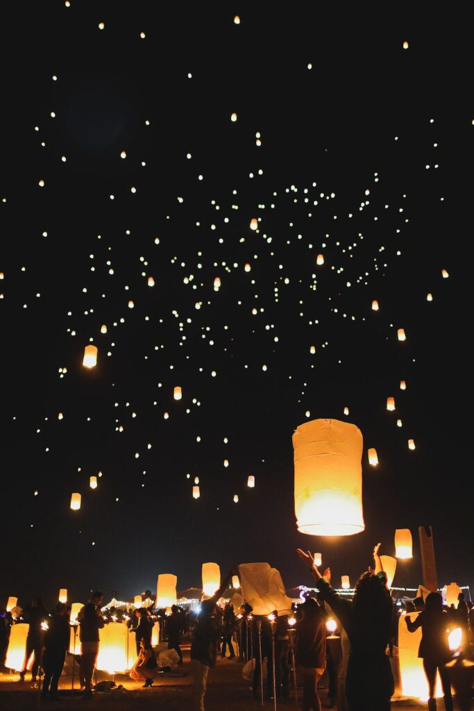 Rise Lantern Festival Las Vegas + 15 Best Festivals in the US for Your USA Bucket List - USA Music Festivals / localadventurer.com