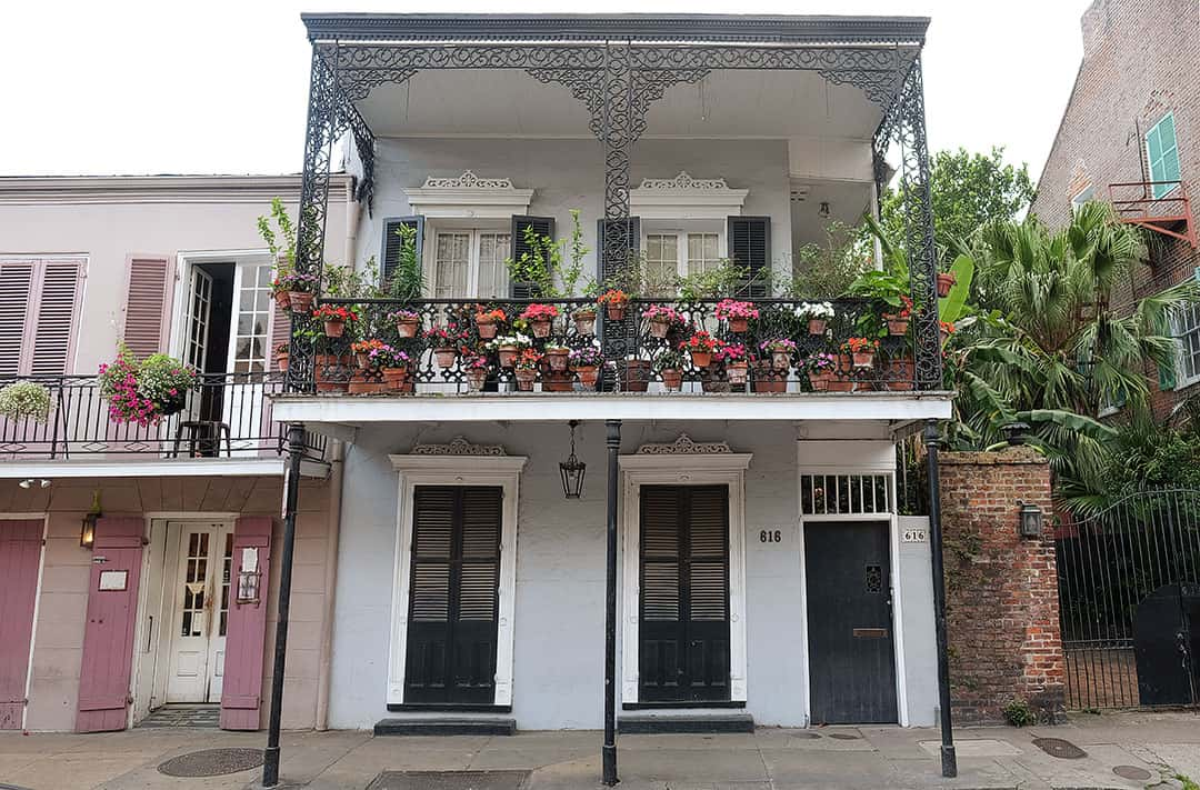 New Orleans + 17 Romantic Destinations in the US