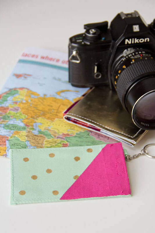 DIY Luggage Tags + 21 Insanely Creative Travel DIY Projects