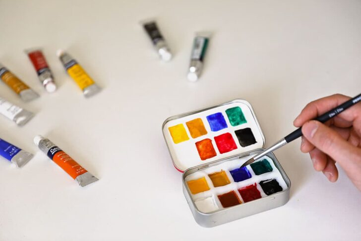 DIY Travel Watercolor Palette + 15 Incredible DIY Travel Projects to Work on Right Now