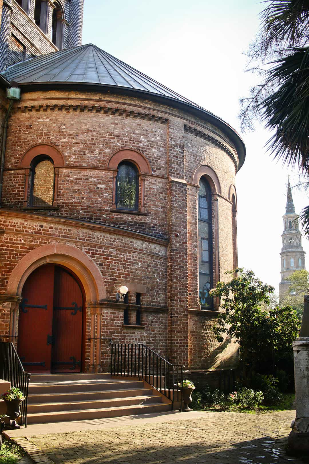 Circular Church Graveyard + 25 Best Free Things to Do in Charleston SC