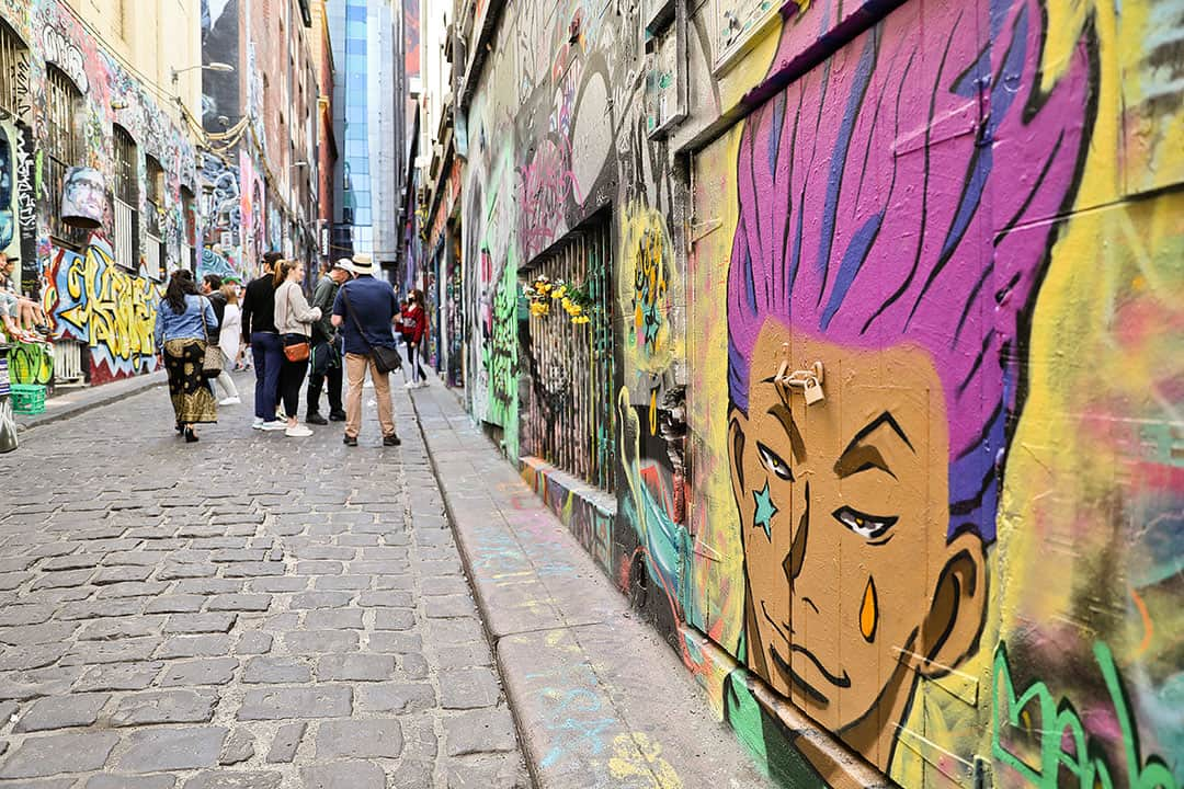 Hosier Lane + 25 Amazing Things to Do in Melbourne Australia