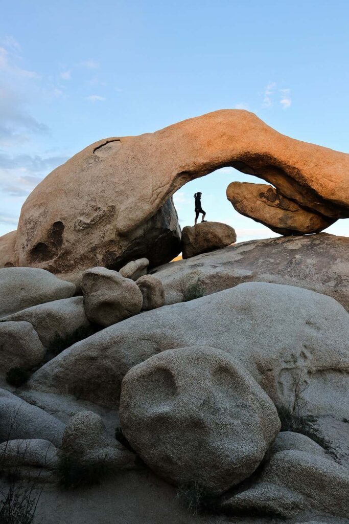 Arch Rock Nature Trail in Joshua Tree National Park